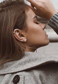 No More - FLAT UPPER EAR CUFF - Earrings - silver - 1