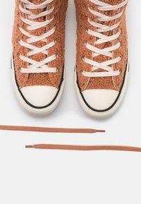 Converse - CHUCK TAYLOR ALL STAR - Baskets montantes - ginger rose/egret/black - 5
