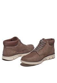 Timberland - BRADSTREET CHUKKA - Chaussures à lacets - canteen - 3