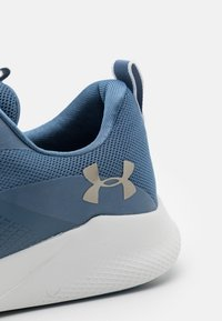 Under Armour - CHARGED AURORA - Sports shoes - mineral blue - 5