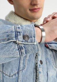 Levi's® - TYPE 3 SHERPA TRUCKER - Kurtka jeansowa - stonebridge - 3