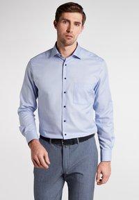 Eterna - MODERN FIT - Overhemd - light blue - 0