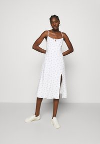 Abercrombie & Fitch - PRINT MIDI DRESS - Day dress - white grounded - 0
