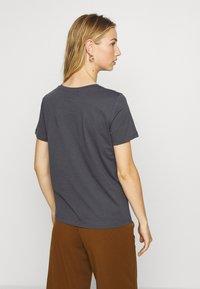 ONLY - ONLGIRLY SQUAD - Print T-shirt - grey - 2