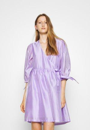 ENOLA WRAP DRESS - Day dress - lavender