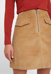 Levete Room - GERTRUD - Áčková sukně - brown clay - 4