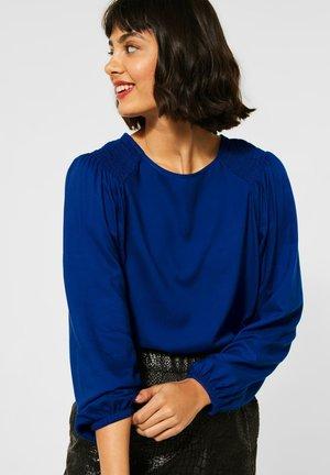 MIT SMOK - Blouse - blau