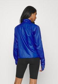 Nike Sportswear - INFLATABLE - Summer jacket - hyper blue - 2