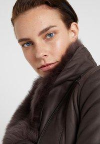 VSP - SHORT JACKET - Leather jacket - toscana dark mist - 4