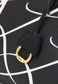 Lauren Ralph Lauren - GRAIN KEATON - Handbag - black - 4