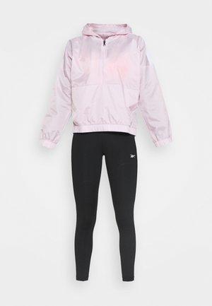 LUX PERFORM TIGHT - Sportovní bunda - black