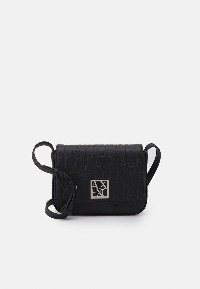 MEDIUM SHOULDER STRAP  WOMAN'S MEDIUM SHOULDER STRAP - Across body bag - nero/black