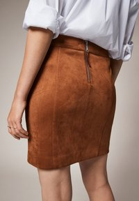 comma - Pencil skirt - toffee - 4