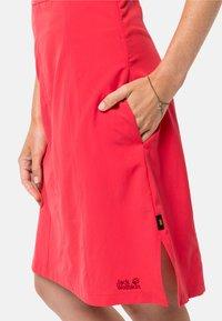 Jack Wolfskin - Sports dress - tulip red - 2