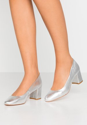 WOUGY - Classic heels - argent