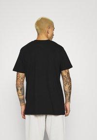 Night Addict - GLITTER - Print T-shirt - black - 2