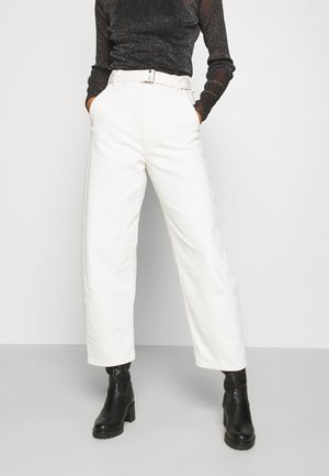 LMC CARVED TROUSER - Džíny Relaxed Fit - off-white