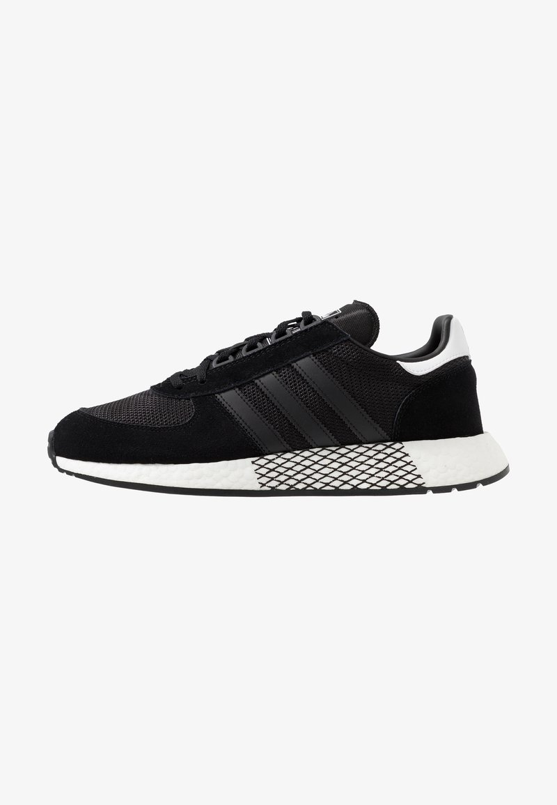 adidas Originals - MARATHON TECH - Sneakers laag - core black/footwear white