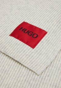 HUGO - ZAFF UNISEX - Scarf - light beige - 4