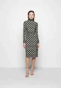 Proenza Schouler White Label - SHEER DRESS - Jersey dress - ecru/black - 0