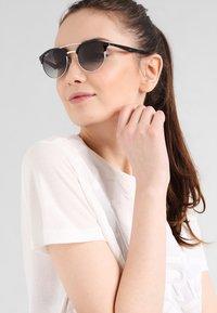 Ray-Ban - Okulary przeciwsłoneczne - black - 0