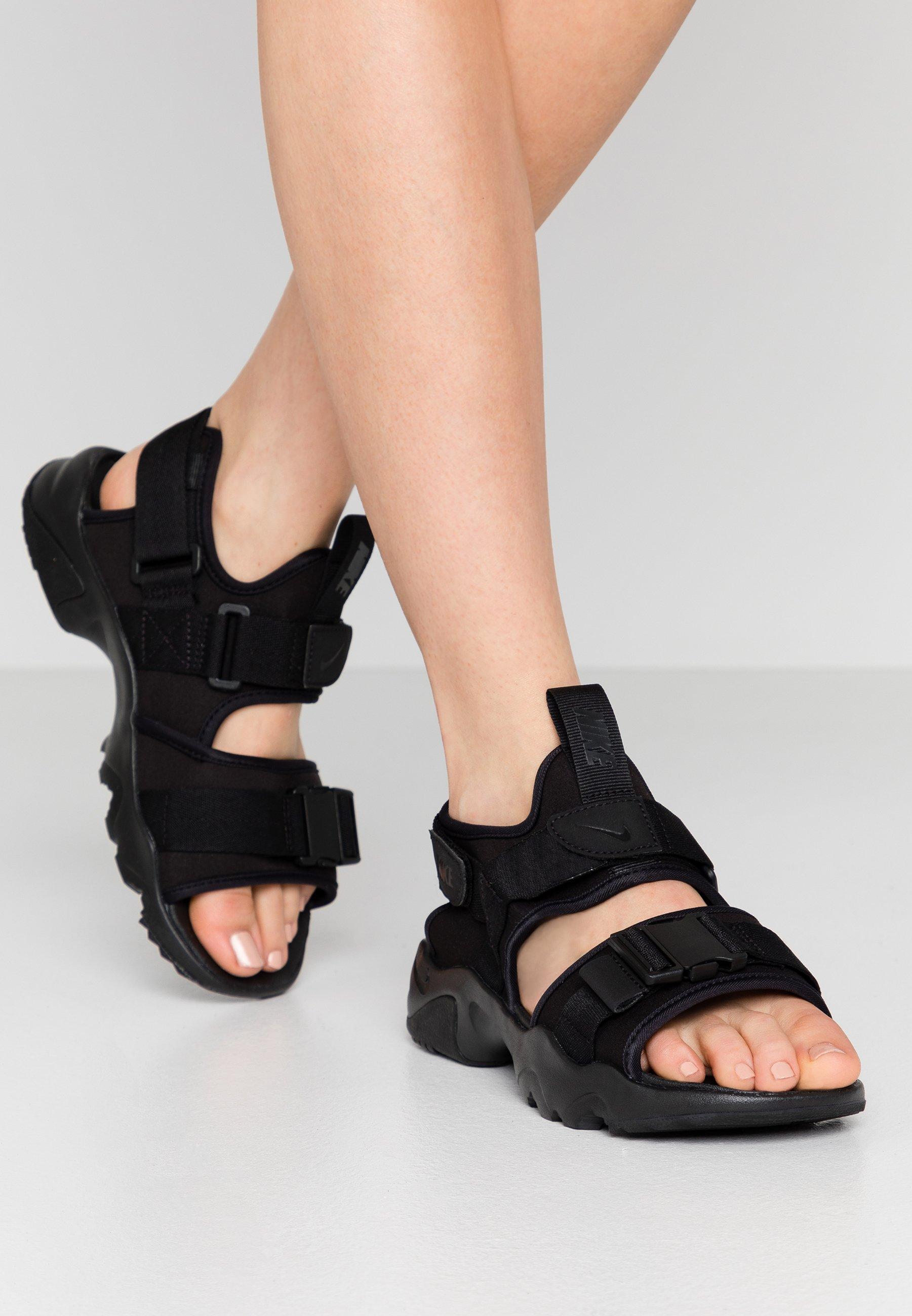 Motivación lógica bordillo  Nike Sportswear CANYON - Sandalias de senderismo - black/negro - Zalando.es