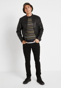 Only & Sons - ONSLOOM BLACK - Slim fit jeans - black denim