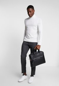Tommy Hilfiger - COMPUTER BAG - Laptoptas - black - 1