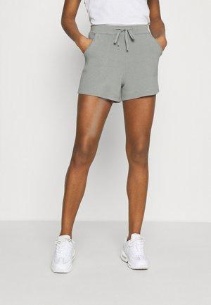 SAWYER - Shorts - green