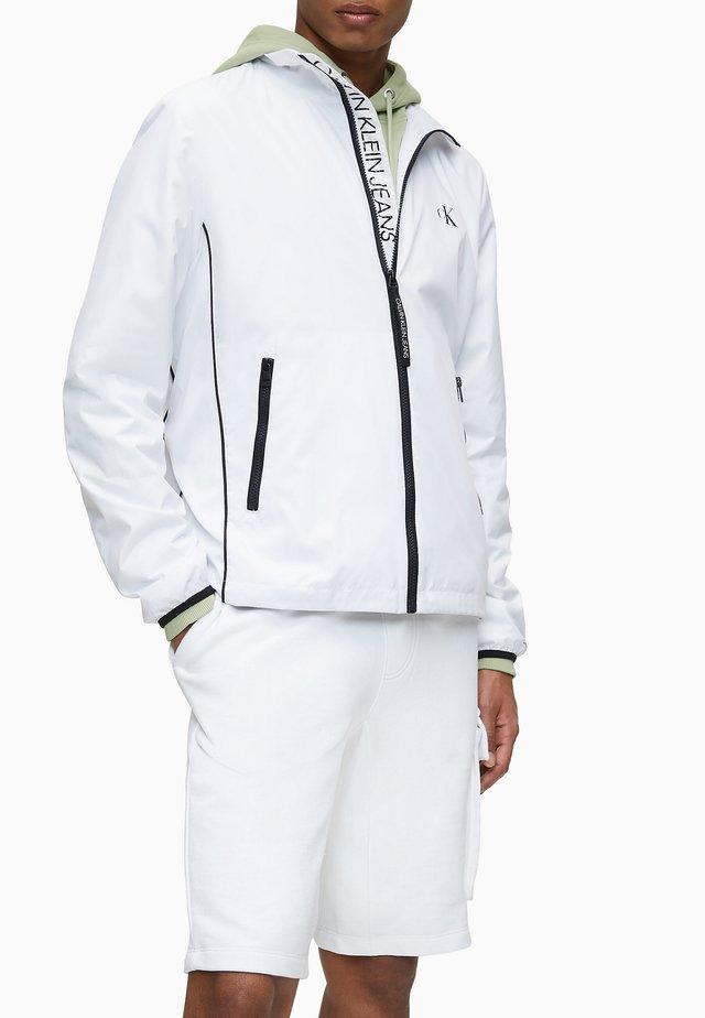 HARRINGTON - Summer jacket - bright white
