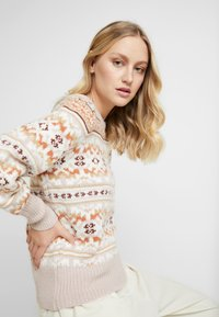 GAP - FAIRISLE CREW - Maglione - brown - 3