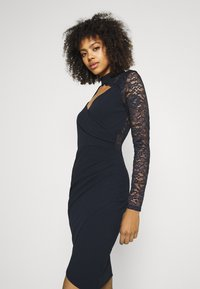 WAL G. - SONIA LACE DETAIL MIDI DRESS - Cocktail dress / Party dress - navy blue - 3