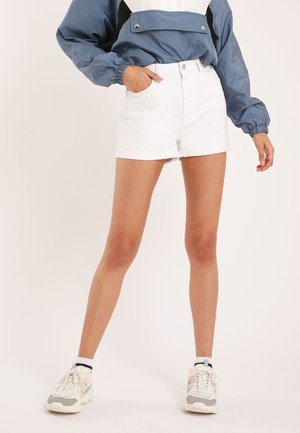 Denim shorts - weiß