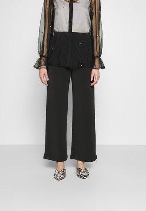 SLFTUIJA TEA WIDE PANTS - Trousers - black