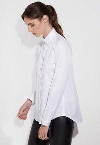 Eterna - MODERN CLASSIC - Button-down blouse - white - 2