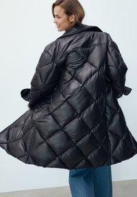 Massimo Dutti - Down coat - black - 4