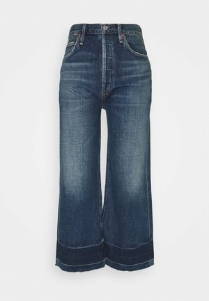 SACHA HIGH RISE - Relaxed fit jeans - blue denim