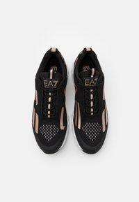 EA7 Emporio Armani - UNISEX - Sneakers basse - black/rose gold - 3