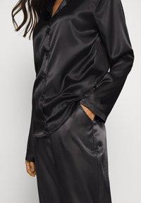 OW Intimates - SKYE PANT AND SHIRT SET - Pyjama set - black caviar - 5