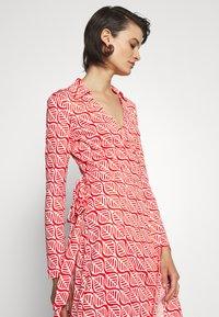 Diane von Furstenberg - NEW JEANNE - Jersey dress - ibiza red - 4