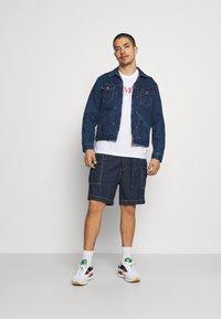 Levi's® - Camiseta estampada - neutrals - 1
