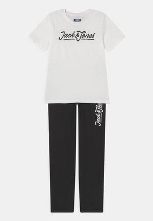 JACLOUNGE JR SET - Camiseta estampada - blanc