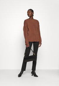 ARKET - Camiseta de manga larga - choclate brown - 1