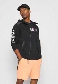 Nike Sportswear - HOODIE - Sweatjakke - black - 3