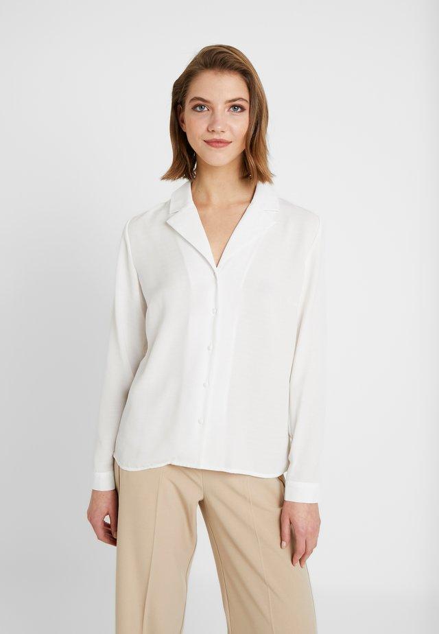 BYJANET - Skjorta - off white