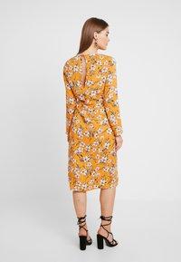 Even&Odd - Denní šaty - white/orange - 3