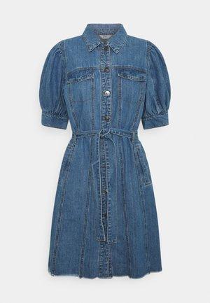 ONLGERDA BELT DRESS - Sukienka jeansowa - dark blue denim