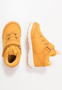 Viking - SPECTRUM MID GTX - Hiking shoes - honey/grey - 0