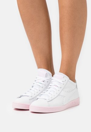 GAME ROW CUT SOLE BLOCK  - Sneakers hoog - super white/parfait pink