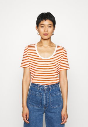 SHORT SLEEVE ROUND NECK - Print T-shirt - multi/sunbaked orange